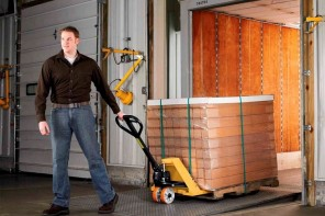 Efficient Warehouse: The Purpose of Materials Handling Solutions