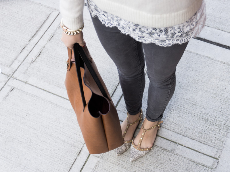 studded flats jeans outfit