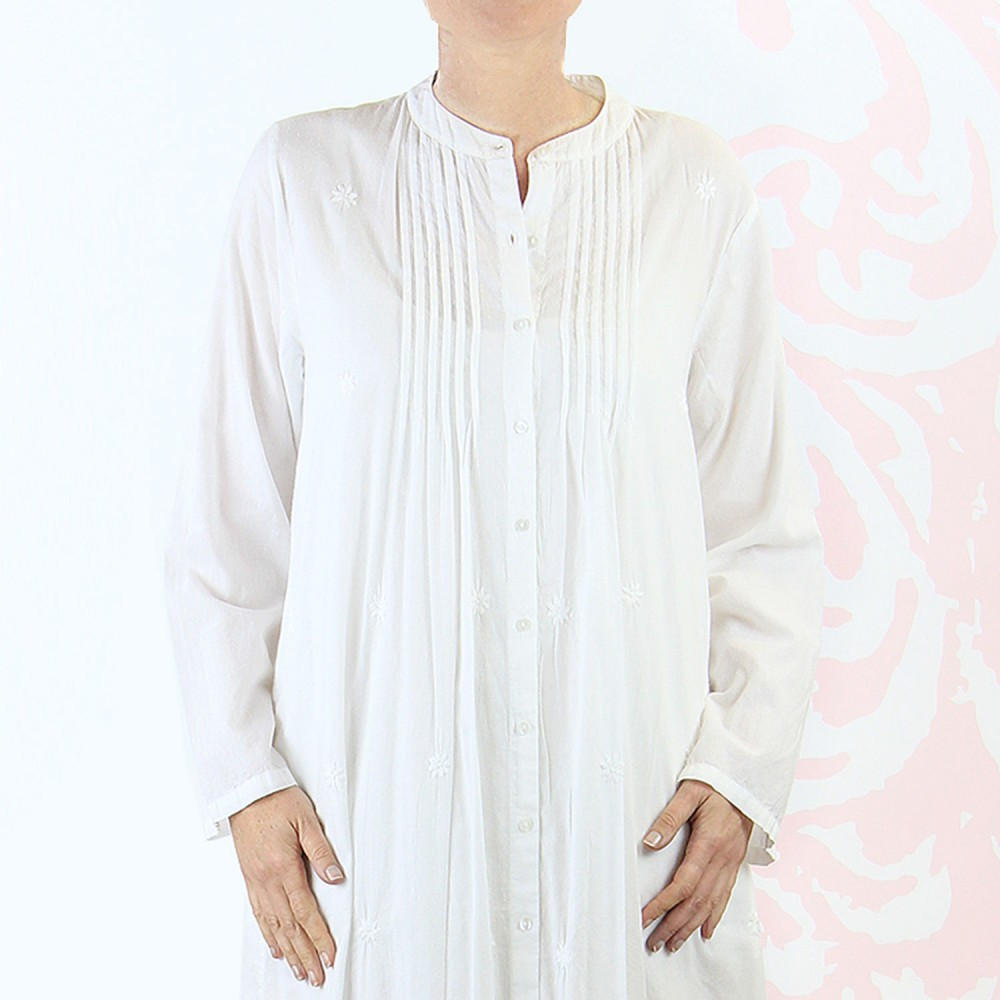 white robe for womens