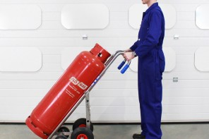 Maintaining Safety: The Purpose of the Industrial Gas Cylinder Trolley