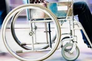 The Purpose of Walker Rollators & the Benefits of Using These Mobility Aids