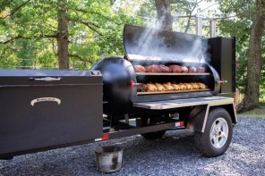 The Purpose of Barbecue Smokers & How to Smoke Meat Properly
