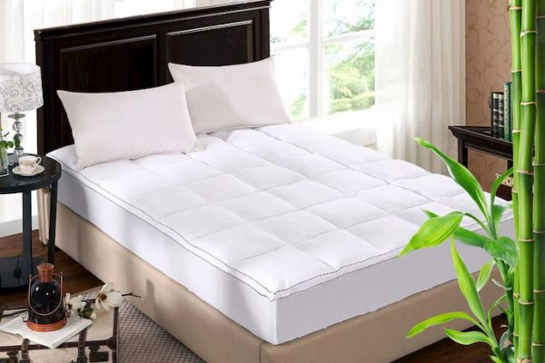 bed with mattress cover