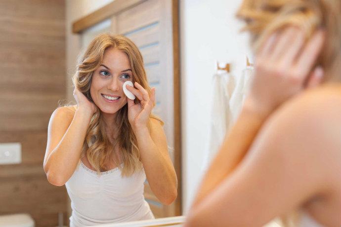 wash-beauty-tips-from-grandma-face toner