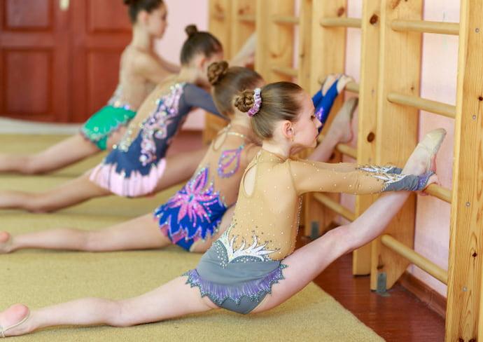 young-girls-doing-gymnastics