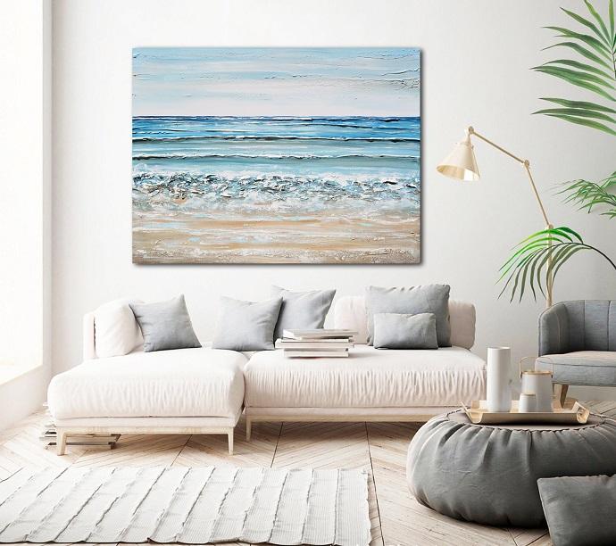 Coastal-style decor