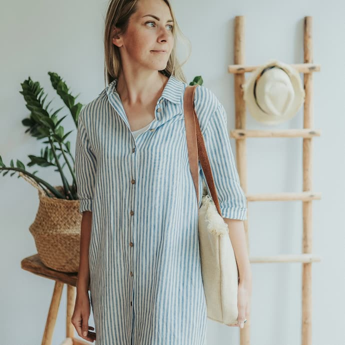 girl with linen summer dress
