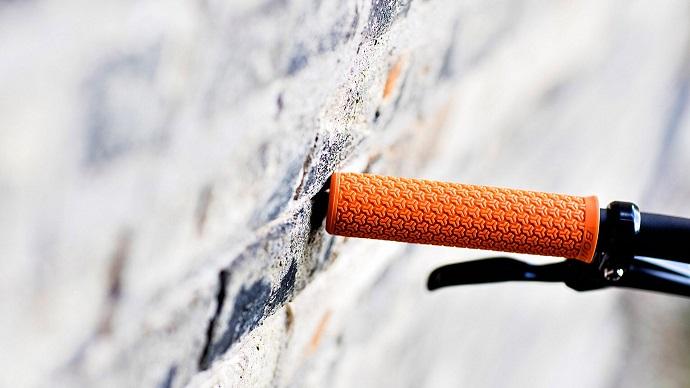 orange handlebar grip